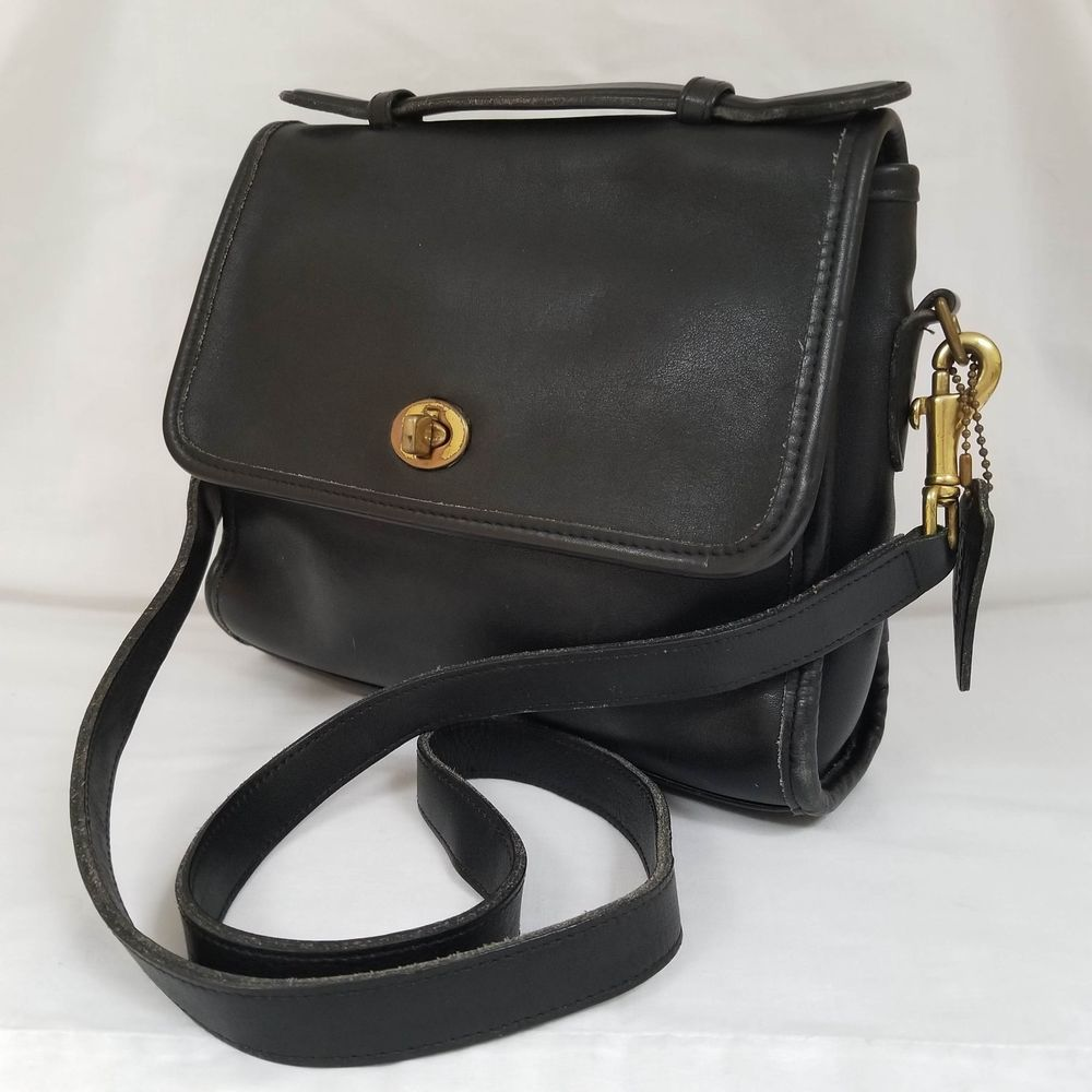 Vintage Coach Court Shoulder Bag C6C-9870 Black Crossbody Top Handle USA  Made  Coach  ShoulderBag f475953b2039b
