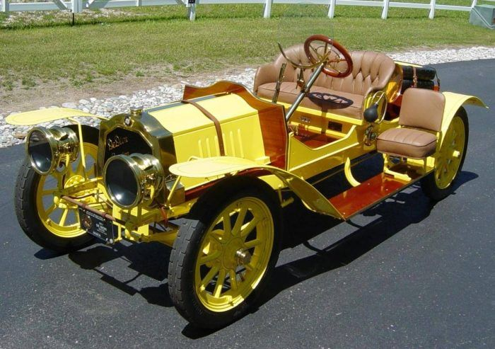 1910 De Dion-Bouton Runabout