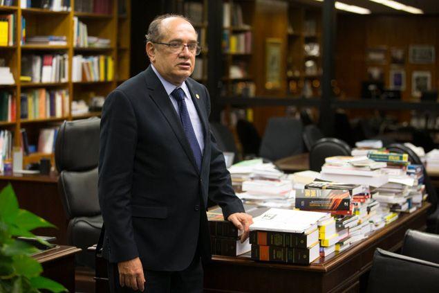 """Videversus: Ministro Gilmar Mendes avisa: """"Ninguém vai ficar n..."""