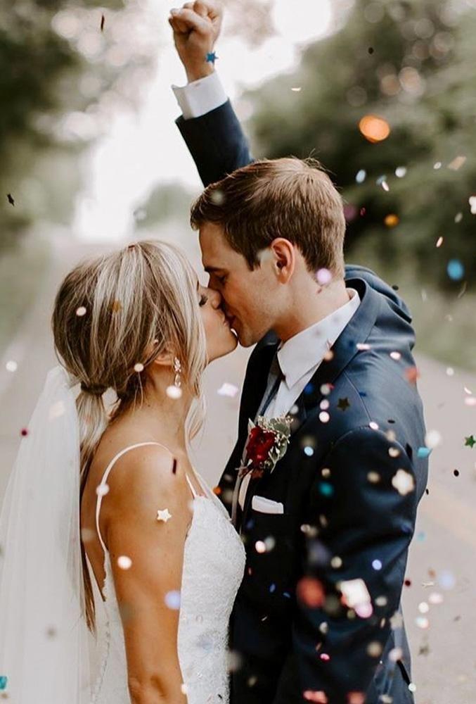 48 fotos más creativas de besos de boda ❤️ fotos creativas de besos de boda Beso
