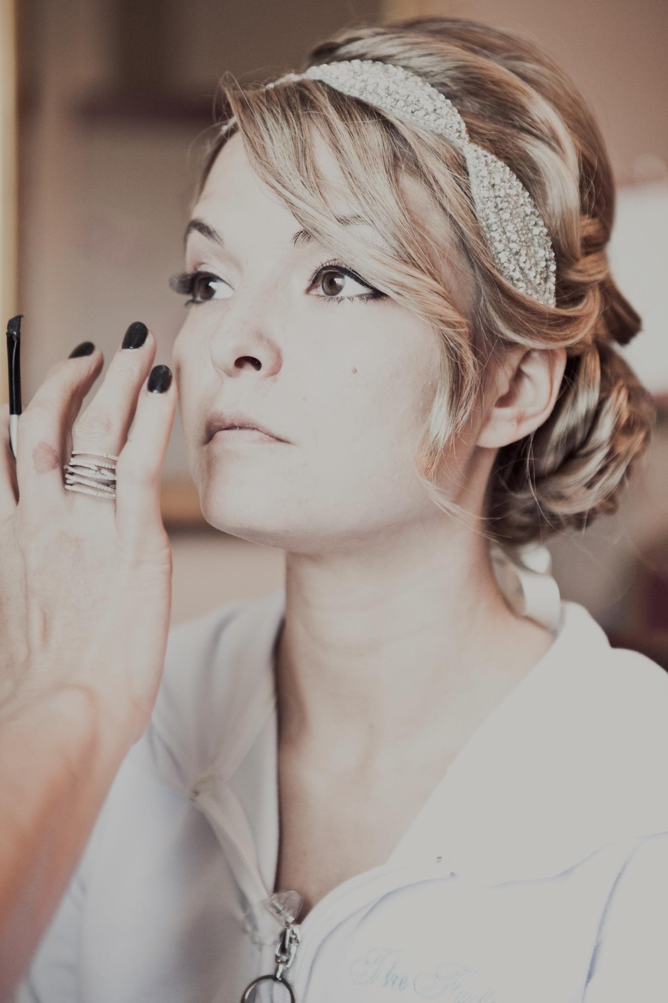 Our beautiful bride marla in the untamed petals calista headband