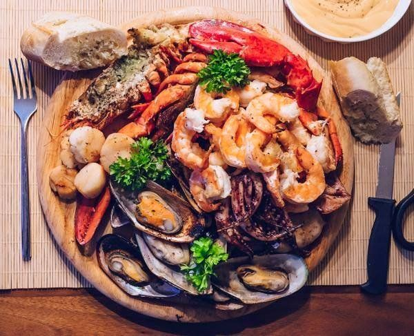 @ItsFoodPorn : Grilled Seafood Dinner https://t.co/H9YEALJOKQ