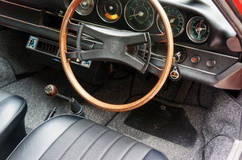 1969 Porsche 912 interior