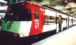 Barcelona: Train/bus from Girona to Barcelona and other tips! Hotels, must-see's etc..