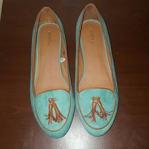 Mint Green Merona Flats Worn once super comfortable mint Green flats. Merona Shoes Flats & Loafers