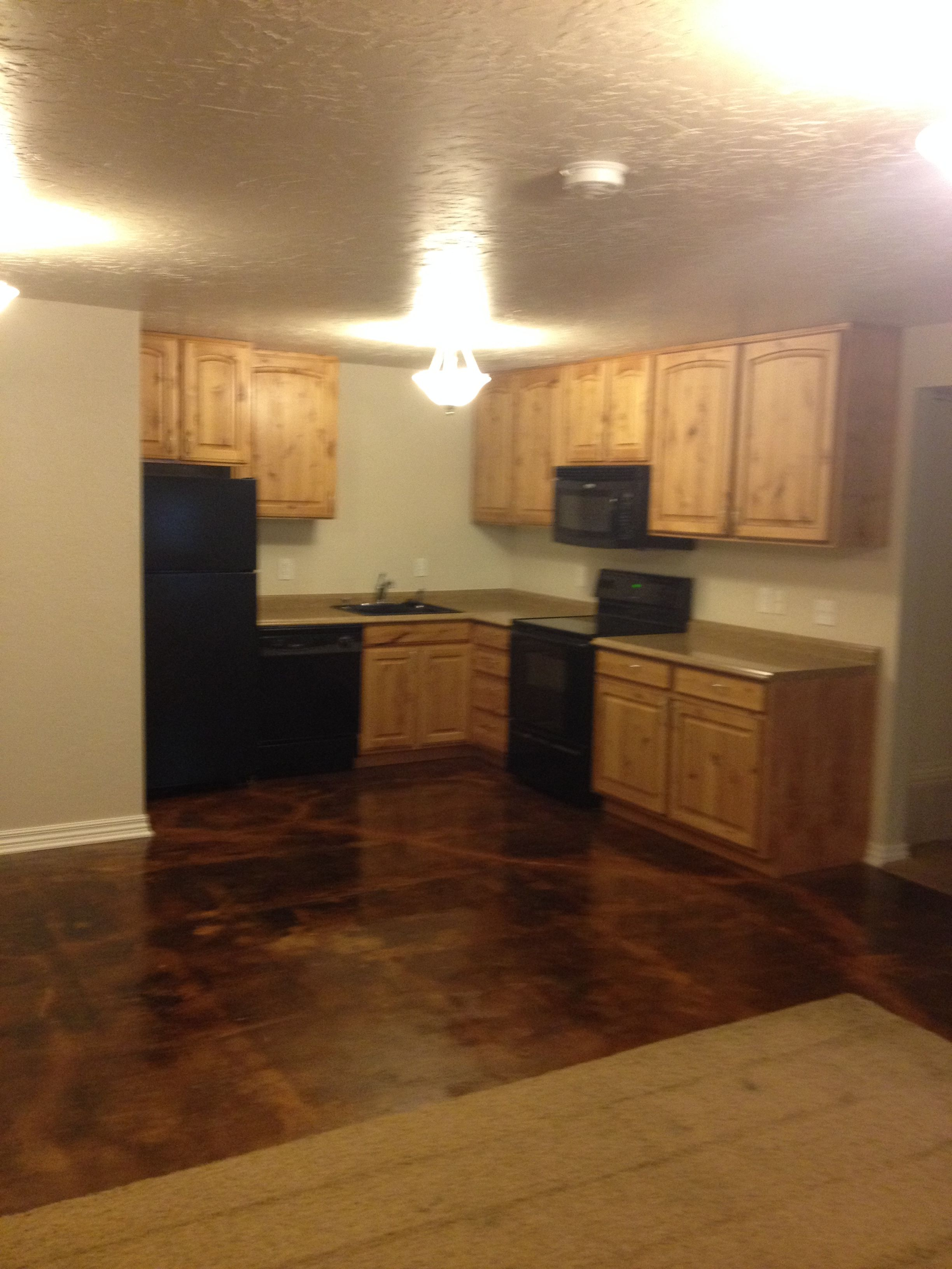 Cute 2 bed 1 bath utilities included Basement apartment