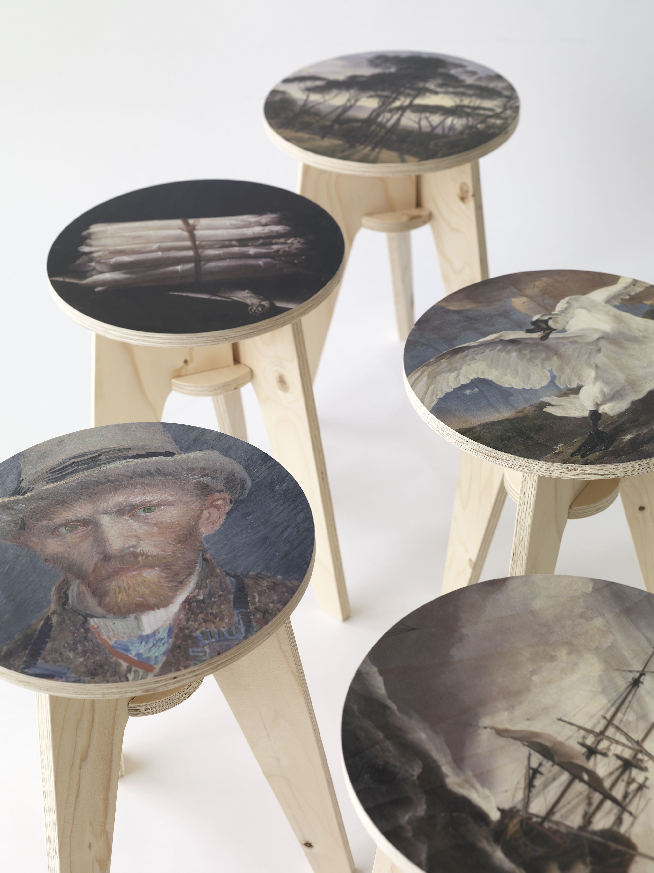 Print Plywood Stool by Piet Hein Eek for NLXL LAB is introduced at Dutch Design Week Eindhoven. Available in 10 prints, designed and manufactured by Piet Hein Eek. Artwork courtesy of Rijksmuseum Amsterdam. #pietheineek #rijksmuseum #plywood #stool #nlxl #nlxllab #amsterdam #printstool