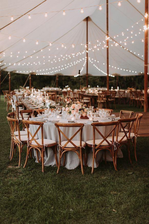 Herbst Tented Hochzeitsfeier. Blumen von launischen Hochzeiten. www.whimsy-weddin