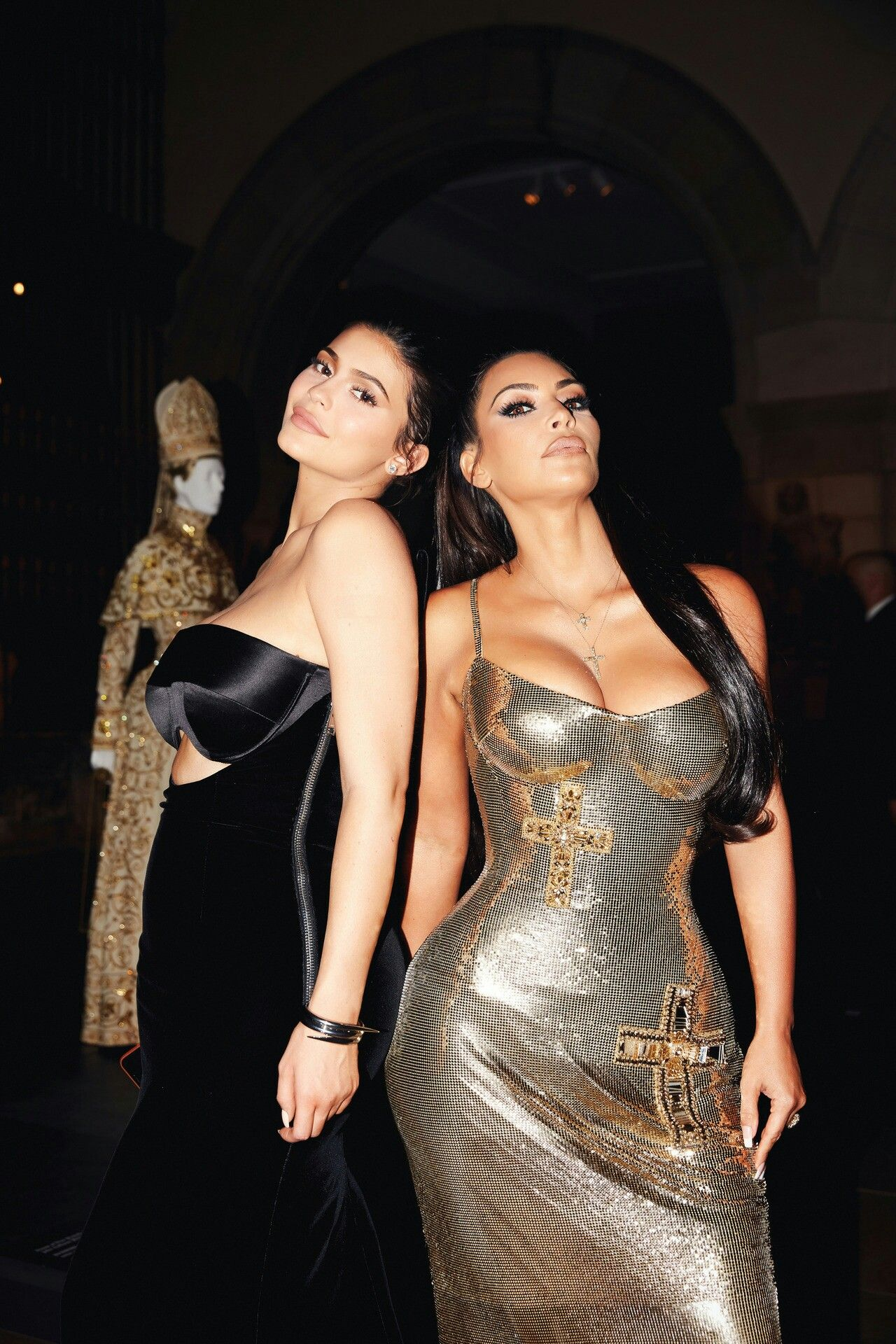 27c907d92eb Discover ideas about Kylie Jenner Style