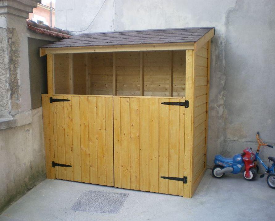 abri bois abri poubelles espace de rangement fonctionnelle et personnalis e cette. Black Bedroom Furniture Sets. Home Design Ideas