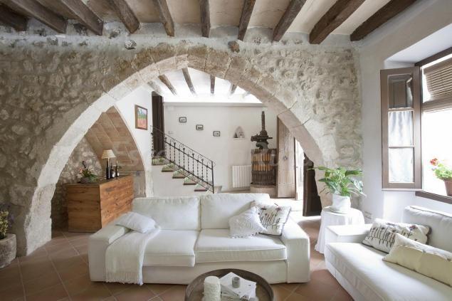 Alojamiento Rural Situado En Sant Pau D´Ordal. Casa De Finales Del Siglo XII