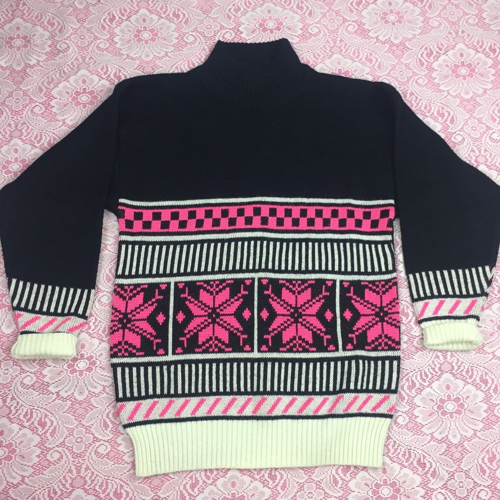 Profile VTG 90s Holiday Sweater Pink Snowflake Geometric Print ...