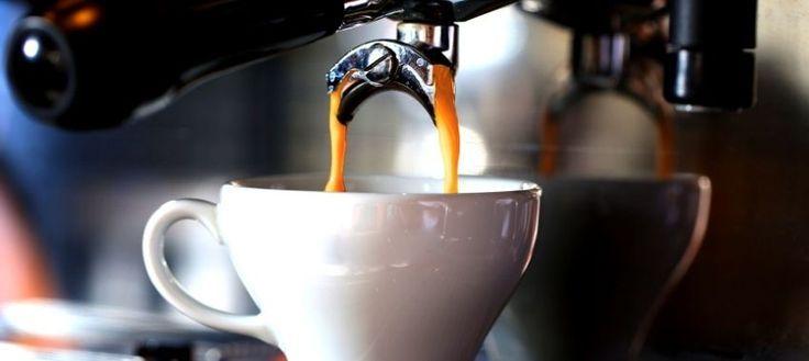 El alto consumo de café aumenta el riesgo de desarrollar demencia