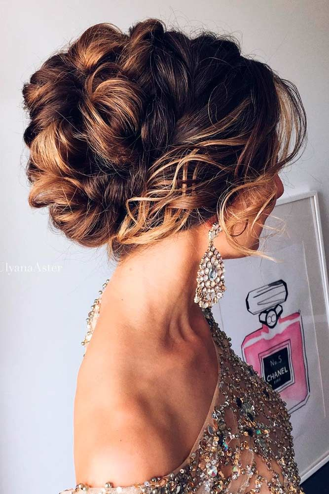33 amazing graduation hairstyles for your special day graduation 33 amazing graduation hairstyles for your special day pmusecretfo Choice Image