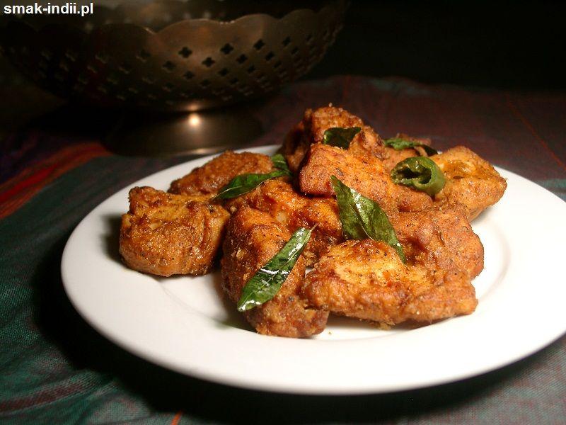Kurczak 65 To Bardzo Popularna Przekaska Kuchni Indyjskiej Sa To Soczyste Niezwykle Aromatyczne Pikantne Kawalki Kurczaka Smazo Food Yum Yum Chicken Chicken