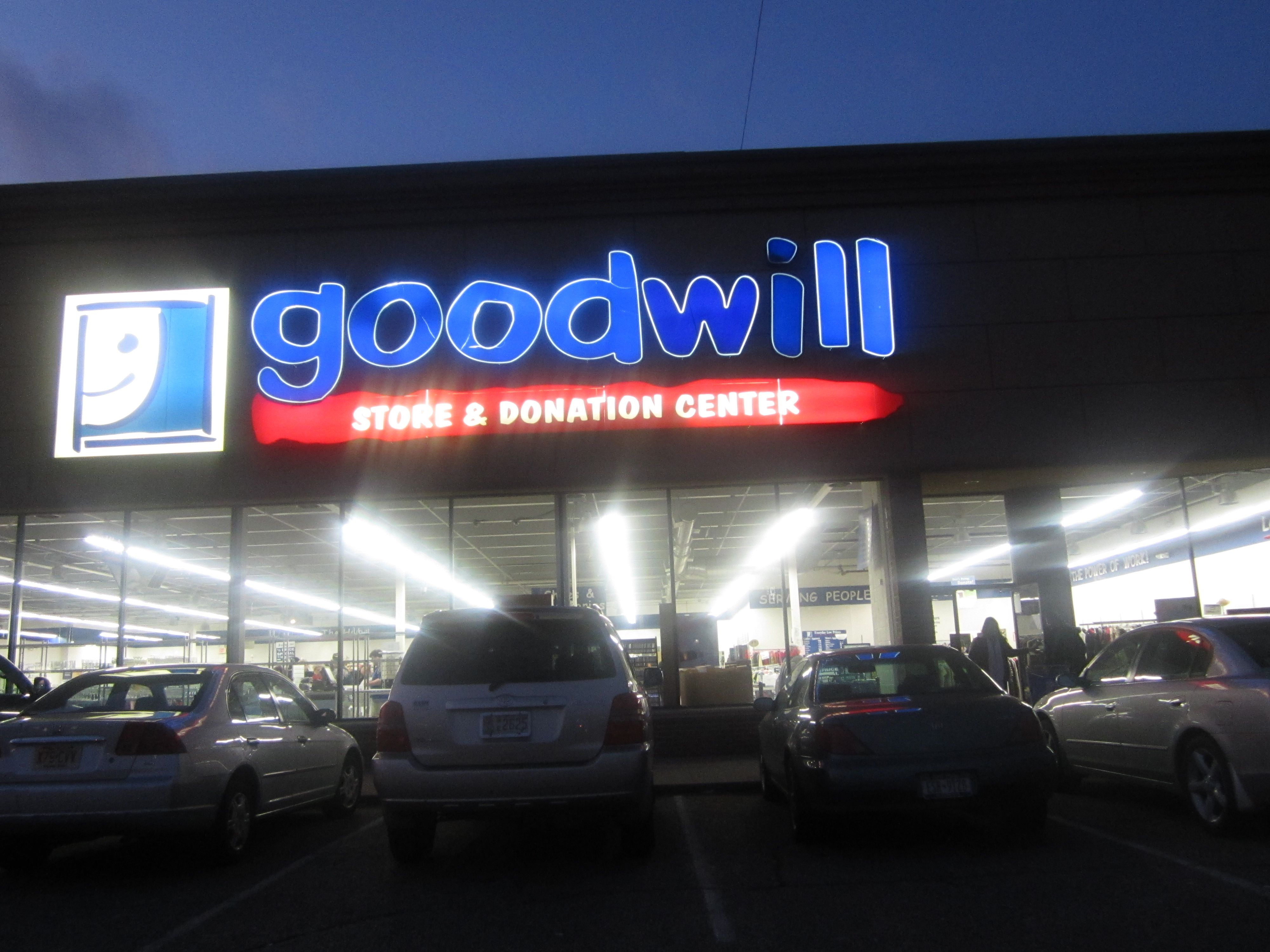 goodwill store paramus nj on 1 20 14 rp by http john delgado