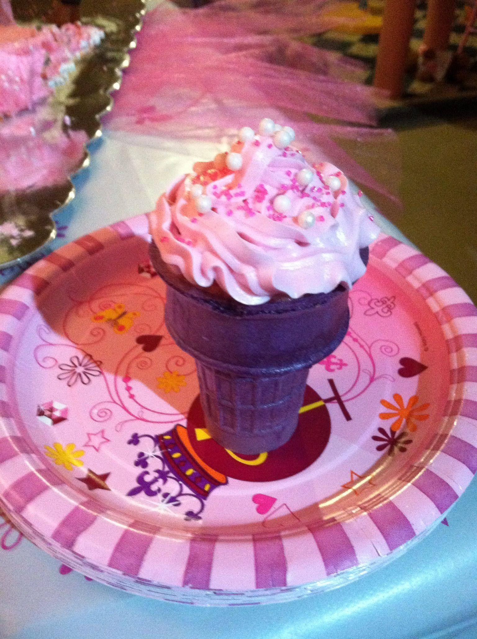 Ice cream cone cup cake desert recipes cake fun treats