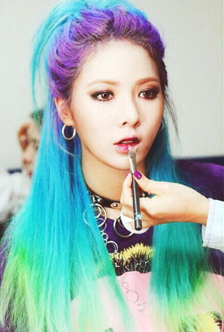 Korean Kpop Idol Girl Band Group 4minute Hyuna Blue Purple Green Hair Dye Colorful Hairstyles Idol For Girls Kpopstuff Cabelo Colorido Cabelo Cabelo Sereia