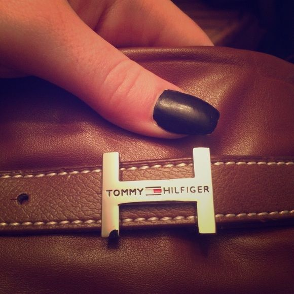 Tommy Hilfiger Purse. New Medium brown, with coin purse Tommy Hilfiger Bags Shoulder Bags