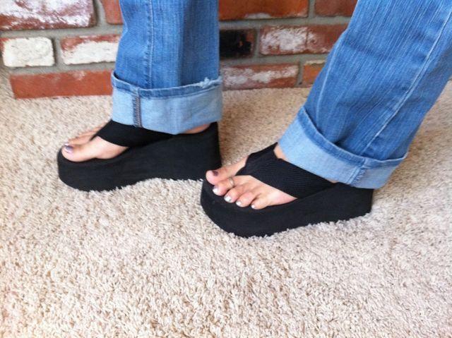 Flip flop shoes, Platform flip flops