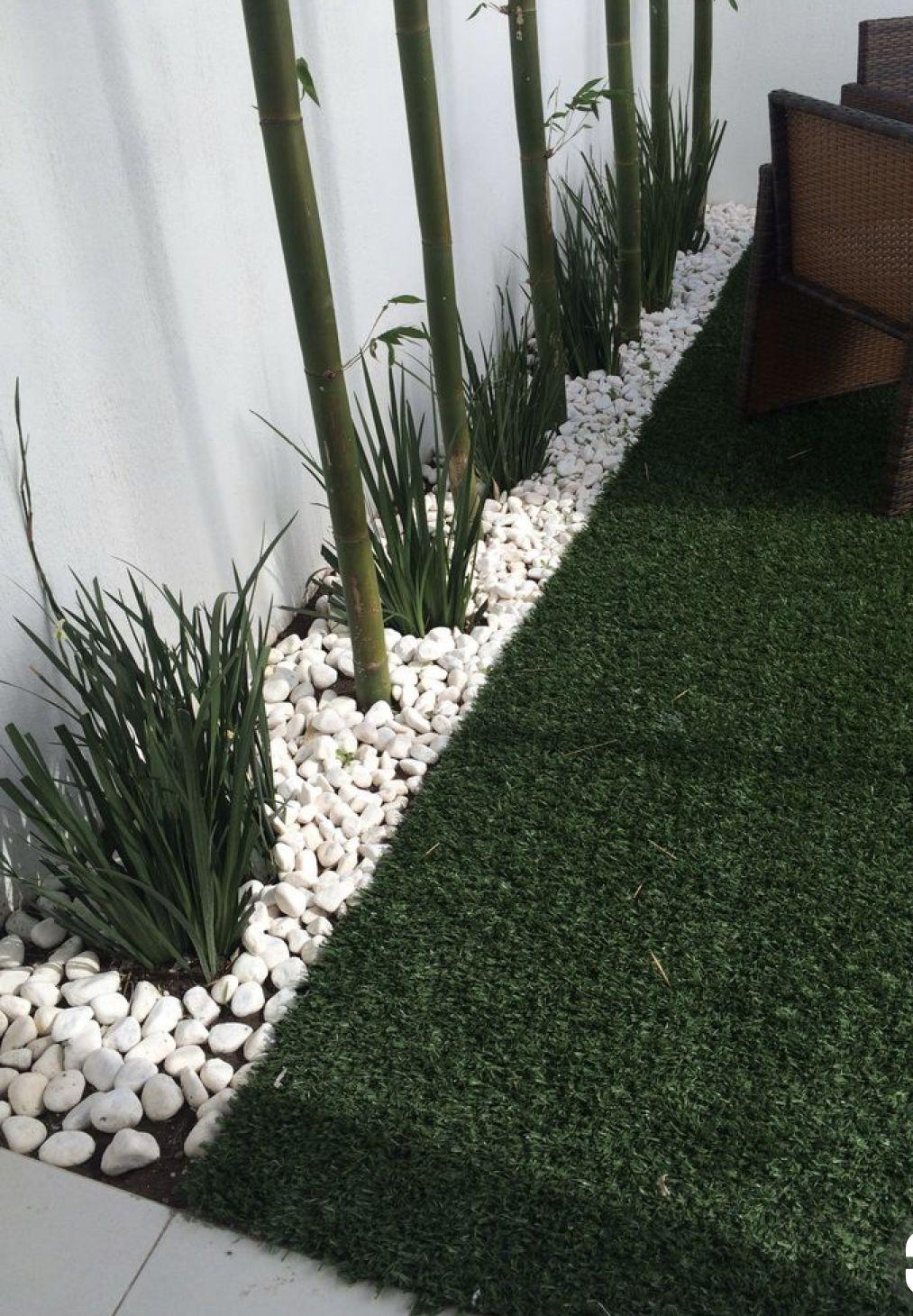 Minimalist Front Yard Landscape Design