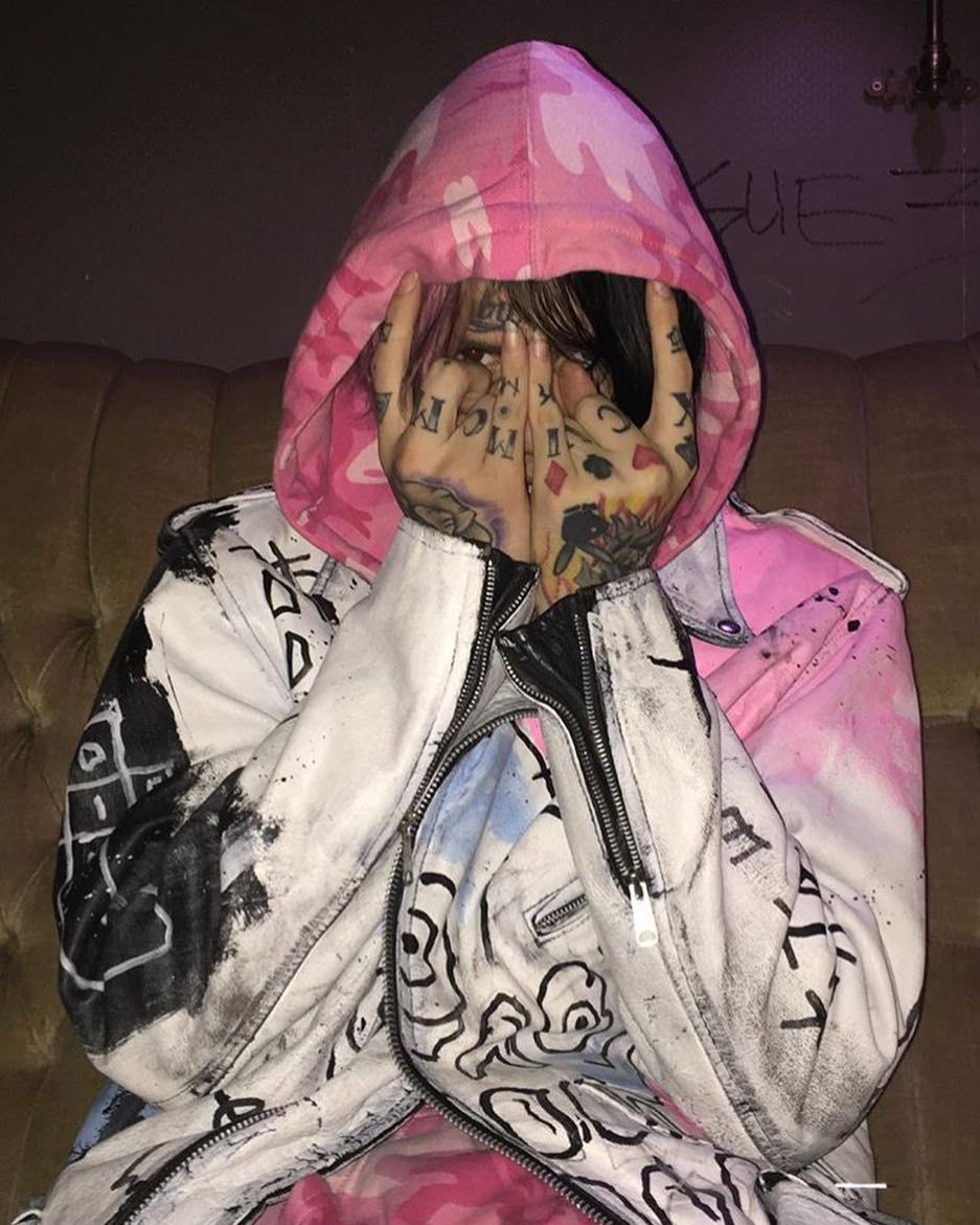 Pin By Alexis Farson On Gustav Lil Peep Hellboy Lil Peep