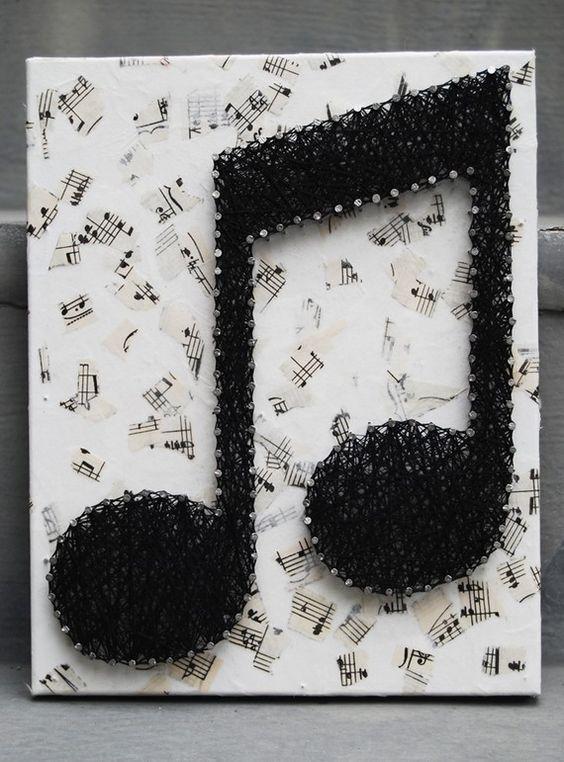 Photo of Cool idea! Nails & thread.: