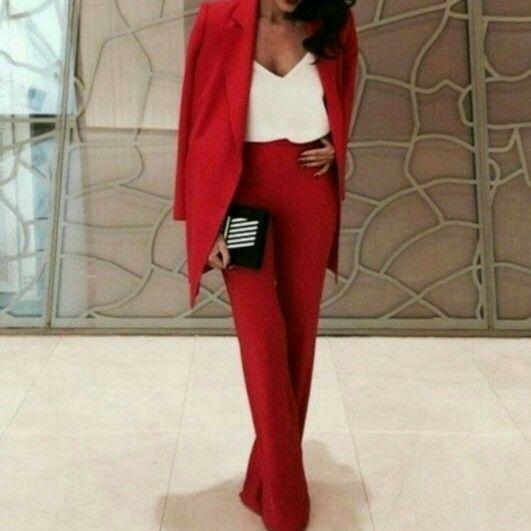 81996c44d7b Красный брючный костюм