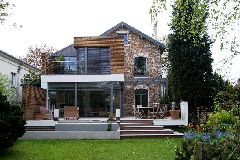 Belle extension en bois contigue à un pavillon en brique Chiffrez - faire une extension de maison