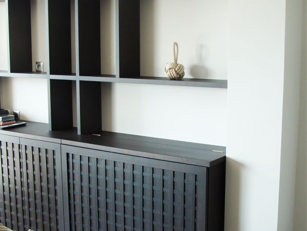 meuble biblioth que et cache radiateur de chez ask. Black Bedroom Furniture Sets. Home Design Ideas