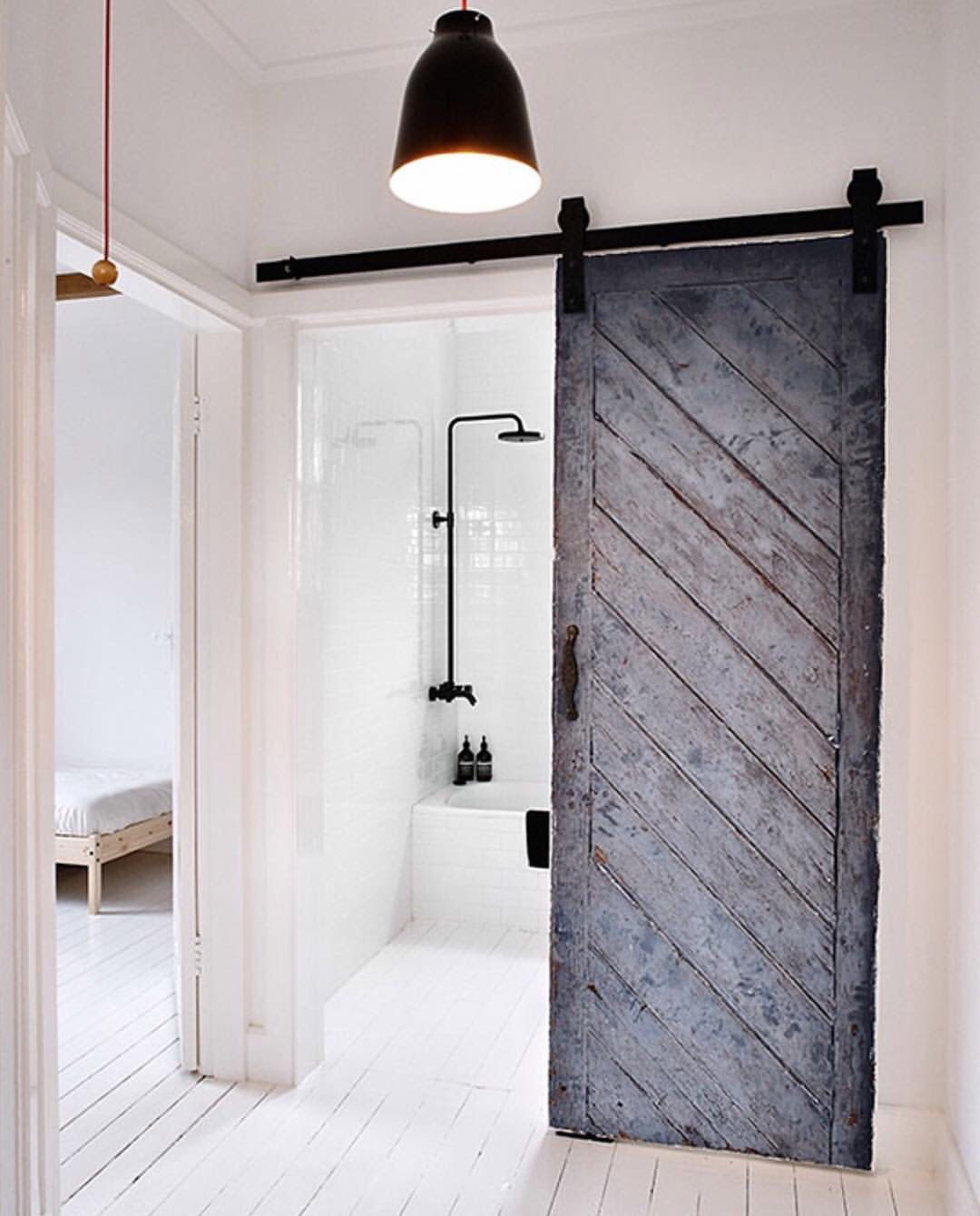 Simple but different • barn door, home inspiration | Home ideas ...