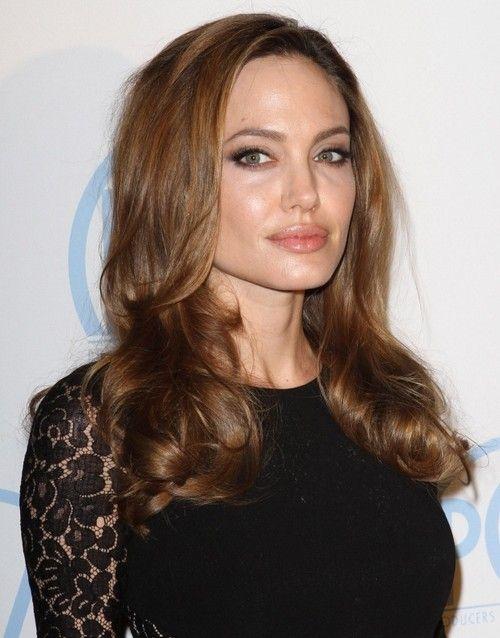 14 Angelina Jolie Frisuren Haar Styling Frisuren Frisuren Mittlerer Haarlange