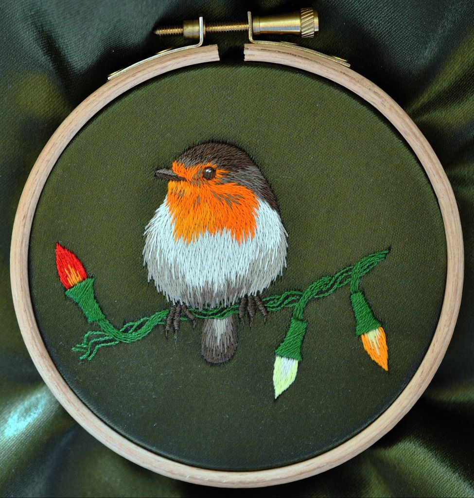 Silk Shading Christmas Robin