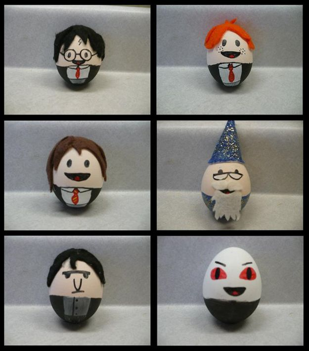How To Decide What Kind Of Easter Eggs You Want To Make Harry Potter Easter Eggs Harry Potter Crafts Potter Puppet Pals
