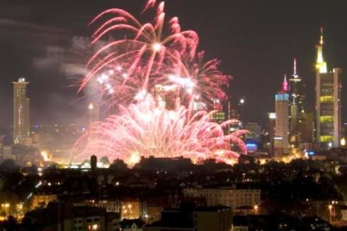 How Many Days Until New Year 2021 Uk In 2020 How Many Days Fireworks Days Until Christmas