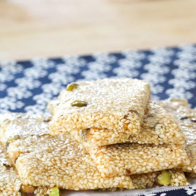 10 minute pasteli sesame honey candy recipe healthy food recipes find the super easy recipe for this delicious and energizing ancient greek snack right here httpabt16kullu forumfinder Image collections