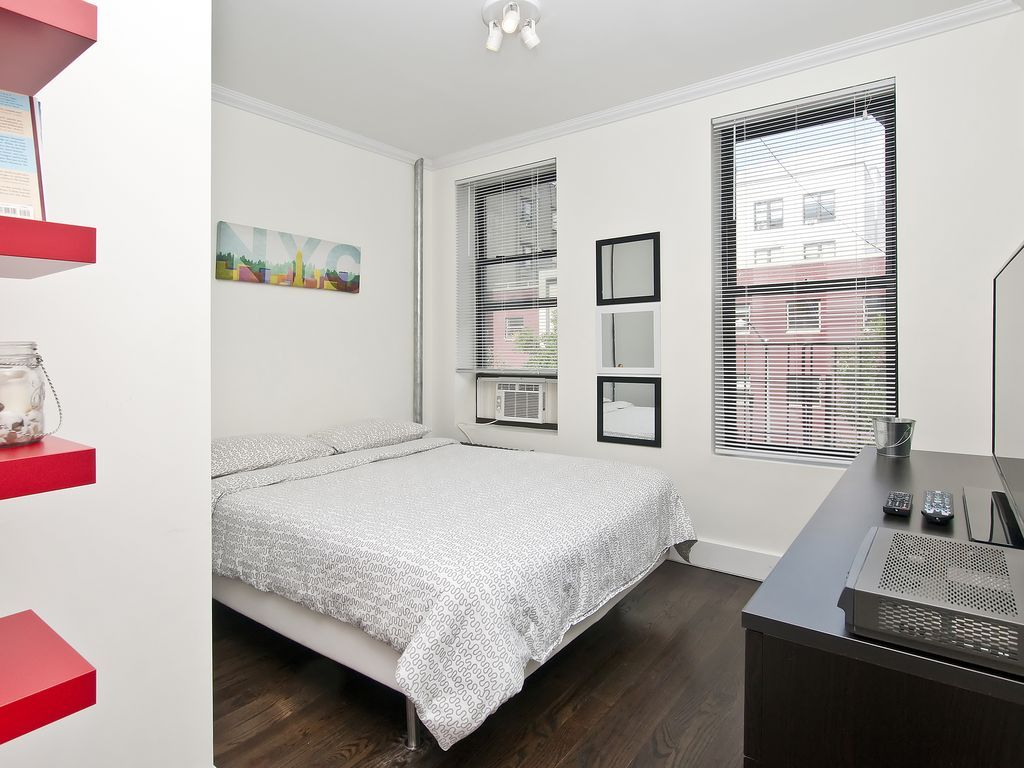 ~Beautiful~ NYC 2 Bedroom Upper East Side / East Harlem Apt. 4 Rent
