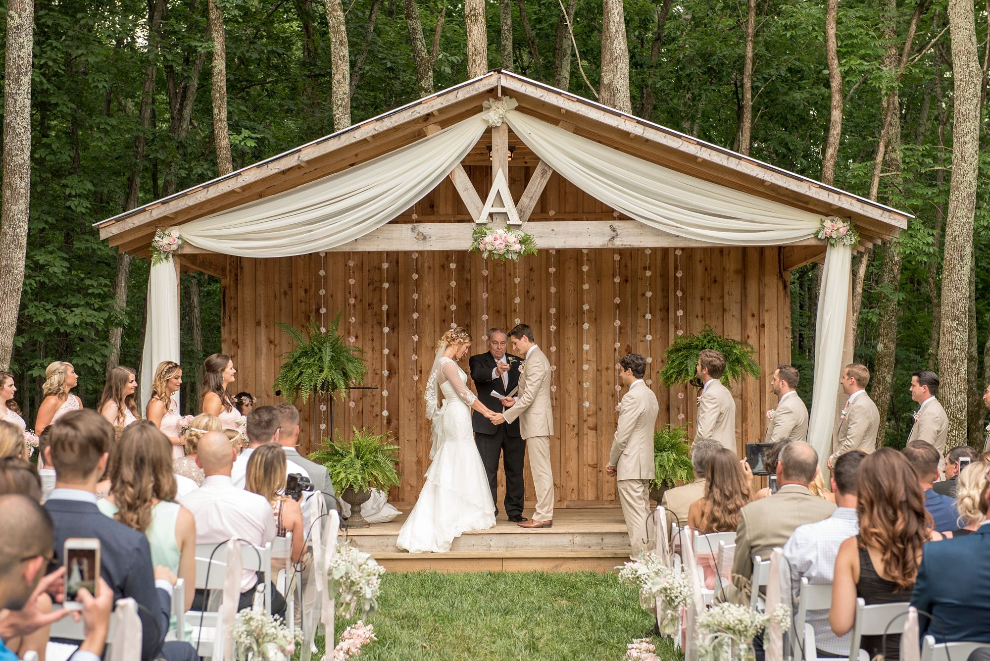 Saddle Woods Farm Pink Wedding In Murfreesboro Tennessee