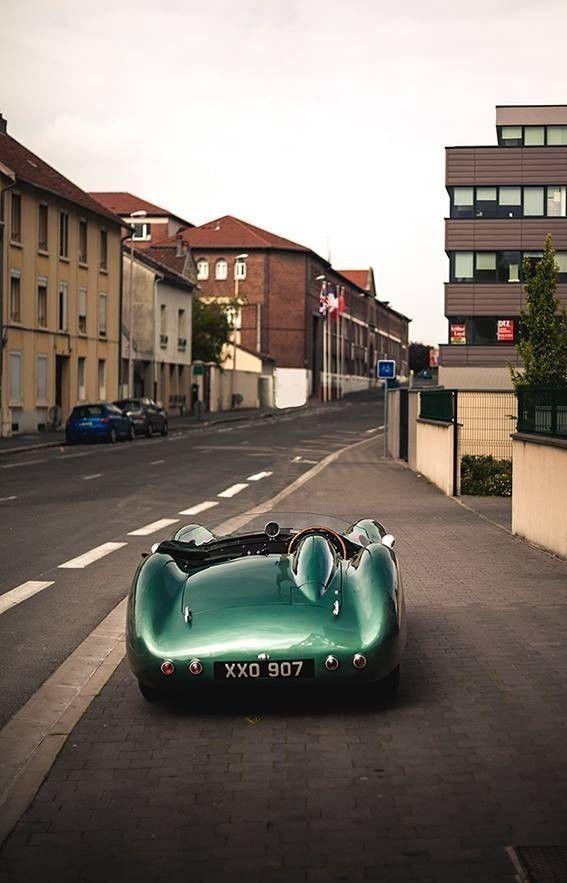 aston martin dbr1 Auto Racing