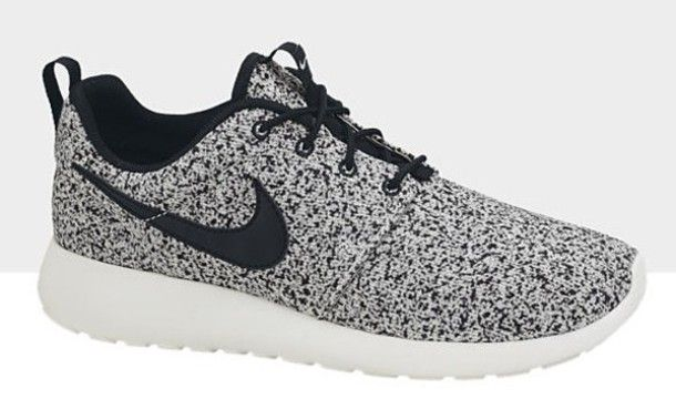 nike roshe runs black and white spotted