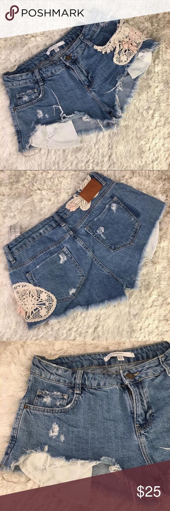 72d2834aff Zara Cutoff Distressed Jean Shorts Sz 4 Zara denim cut off shorts Appliqué  in Cream and slightly pink crochet flower frayed hem Exposed pockets  Measurements ...
