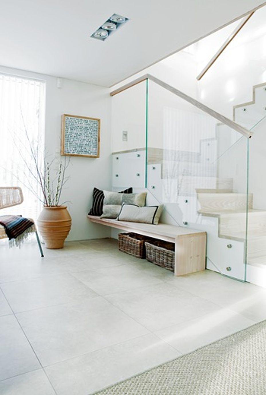 Modern hallway storage ideas  Lyst inngangsparti  Gang MuP  Pinterest  Hall Interiors and