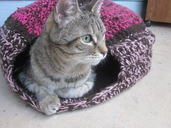 Crochet Pet house Collapsible Bed for cats or small dogs