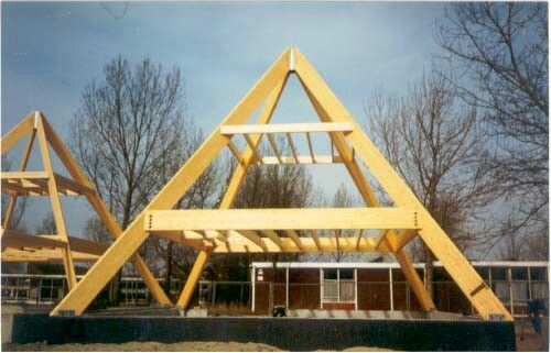 Pyramid Framing Pyramid Shaped Buildings Pinterest