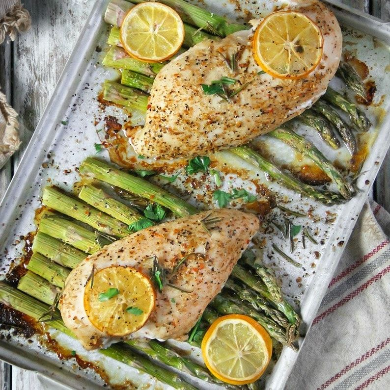 An Easy Dinner Recipe For Lemon And Herb Chicken With