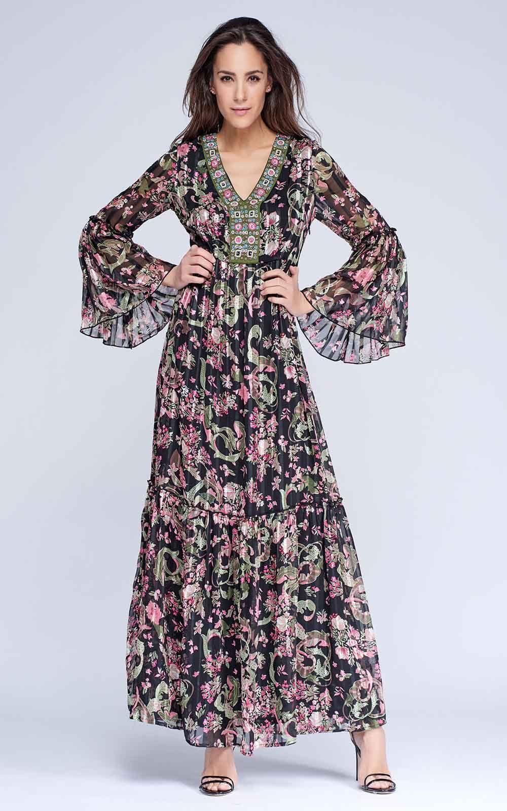 e4fa617b6  VestidoNiza largo estampado floral en gasa con raya satén. Escote bordado  en V.