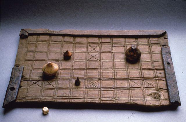 53 Historic hnefatafl ideas | hnefatafl, medieval games, vikings game