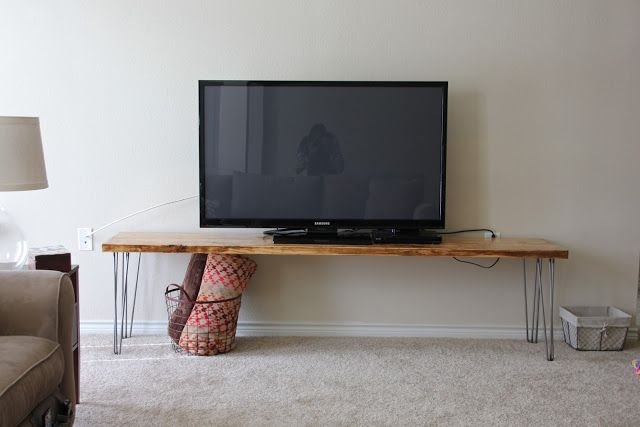 DEfinitely making this!  Sweet Verbena: TV Stand / Bench / Any Table : a tutorial