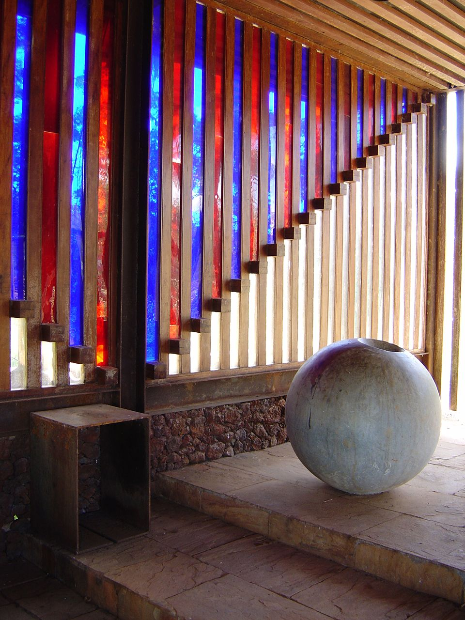 Clássicos da Arquitetura: Capela de Santana do Pé do Morro / Éolo Maia e Jô Vasconcellos