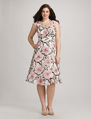 Plus Size Ruched Floral Chiffon Dress - Dress Barn | Full Figure ...